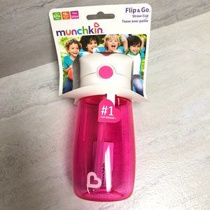 Munchkin Flip and Go Straw Cup Pink